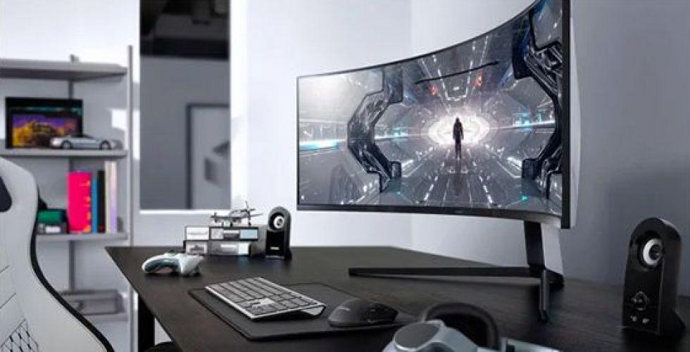 الشاشة التي تضعك في صلب المعارك الافتراضية
