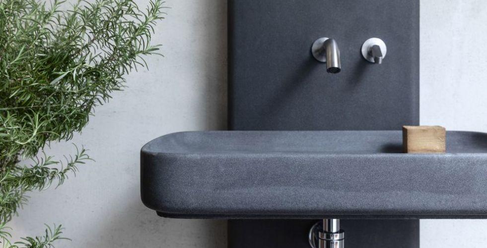 اختراع مواد جديدة لإنشاء أثاث حمام في إيطاليا