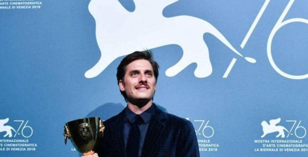 الجوكر يقتنص الأسد الذهبي في مهرجان البندقية السينمائي
