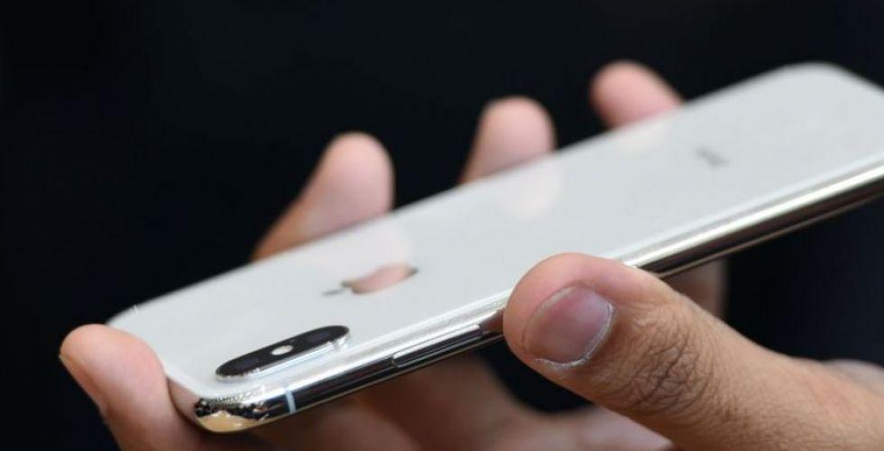 مشاكل في بعض هواتف أيفون تن وأجهزة ماك