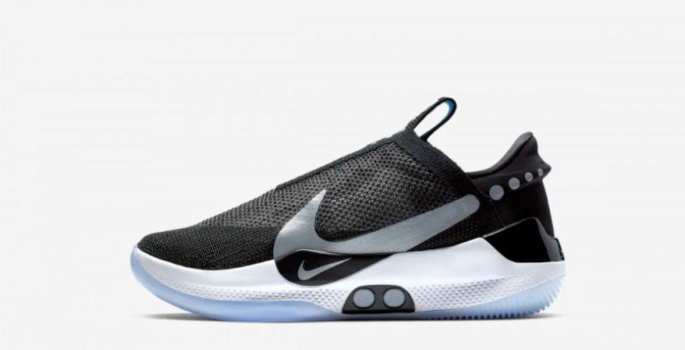 البلوتوث والتطبيق الذكي في أحذية نايك الرياضية
