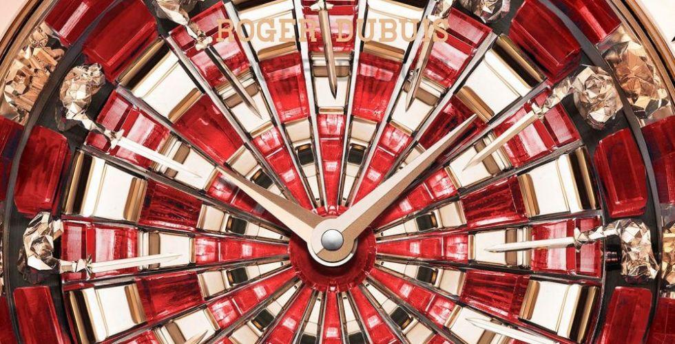 ساعات بسحر فنيّ مذهل من Roger Dubuis