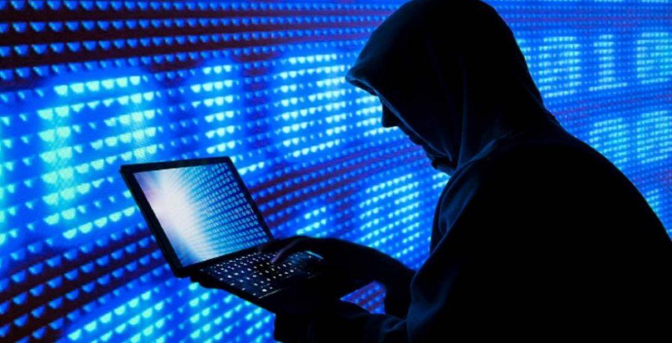 فيروس جديد يجتاح كومبيوترات العالم
