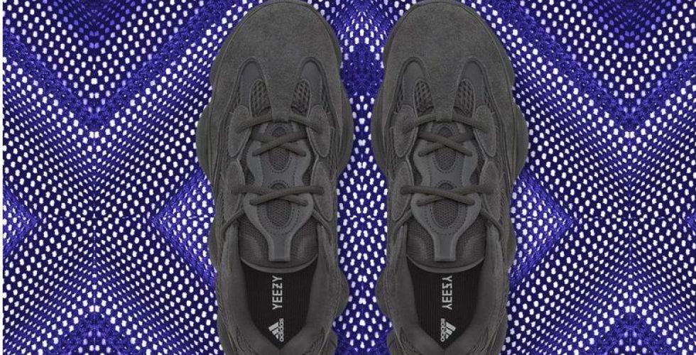 عودة حذاء Yeezy 500 باللون الأسود