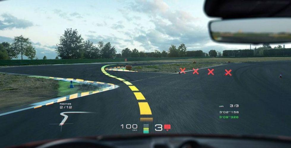 WayRay تستعدّ للواقع الافتراضيّ في السّيّارات