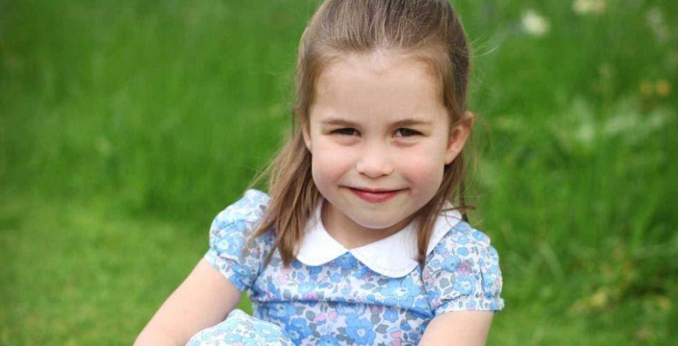الأميرة شارلوت كفراشة في عيد ميلادها