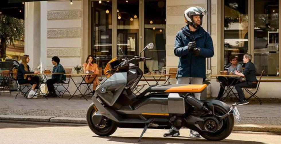 دراجةBMW Motorradلكل الفصول