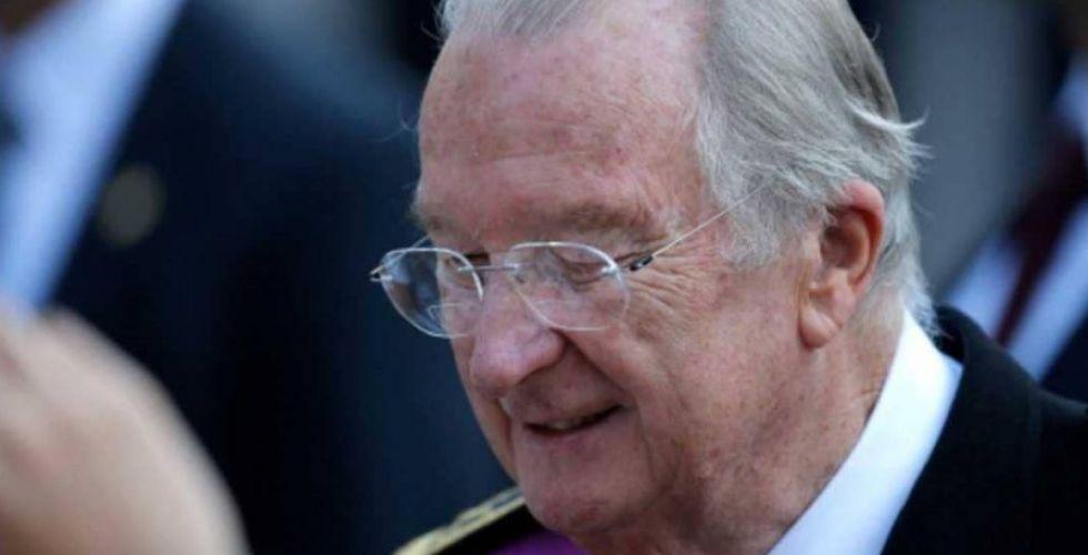هل لملك بلجيكا السابق ابنة غير شرعية؟