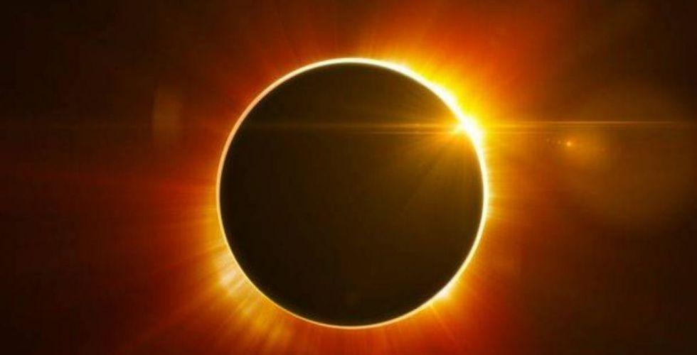 أول كسوف كلي للشمس منذ آب 2017