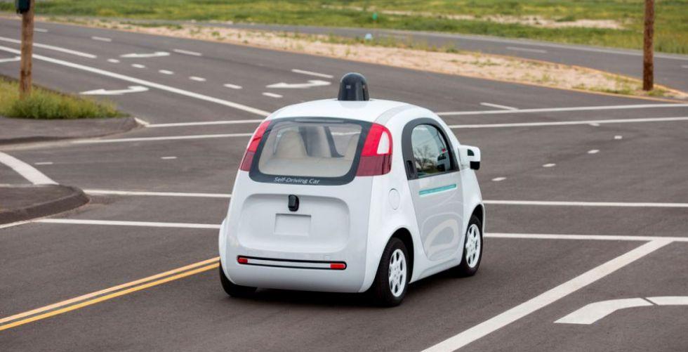 اذا دهست سيارة مستقلة إنسانا فمن المسؤول؟