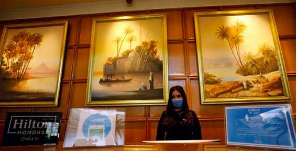 السياحة  في مصر بعد إعادة فتح الفنادق بشروط