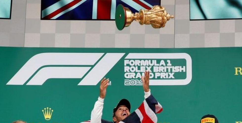 هاميلتون يكسر الرقم القياسي بفوز سادس بسباق بريطانيا