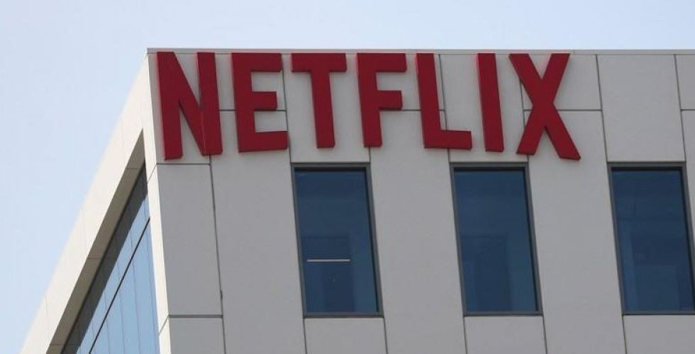 أفلام نتفليكس تزامنا على الانترنت وصالات السينما