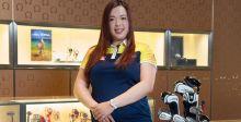 سفيرة أوميغا الصيّنيّة تزور متجرها في شانغهاي