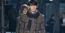 Chanel يعرض أزياءه في روما