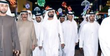 حاكم دبي يجول في القرية العالمية