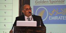 جائزة تكريمية لمحمود عبد العال