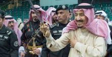 الملك سلمان بن عبدالعزيز آل سعود يرعى العرضة السعودية