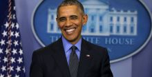 أوباما يتناول علكة النيكوتين
