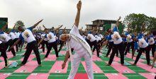 احتفالية جماعية لليوغا في الهند