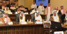 جوائز سوق عكاظ الى مبدعين عرب