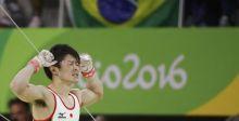 اليابان تحتفل بانتصاراتها في الجمباز