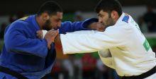 لاعبٌ مصري يرفض مصافحة منافسه الاسرائيلي