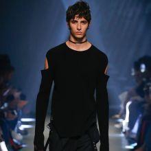 Versus Versace وستايل الولد الشرير
