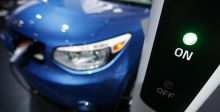الاميركيون يشجعون السيارات الكهربائية