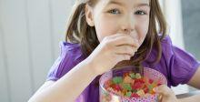 انتبهوا على أولادكم من دعايات الأطعمة