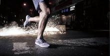 حذاء أديداس للركض في الشارع