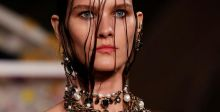 هل تتخلى دور الأزياء عن العارضات النحيفات وصغيرات السن؟