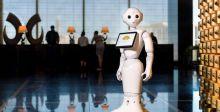 روبوتات تشبه الانسان في الفنادق !