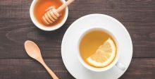 ما هي فوائد الماء الساخن مع الليمون والعسل؟