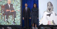 أوباما يسخر من صورته