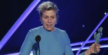 النساء في ثورة انتظارا لجوائز أوسكار