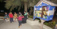 الموج مسقط يطلق أولى مبادرات المكتبات المجانية الصغيرة في سلطنة عُمان لتعزيز القراءة