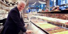 متجر حلوى في بنك ايطالي لجذب الزبائن