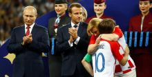 رئيسة كرواتيا تأسر قلوب المعجبين