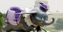 دامبو الفيل من ديزني لاند في مزاد