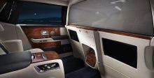 Rolls-Royce تُتقن لعبة الخصوصسيّة والفخامة
