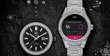 ساعة تجمع التكنولوجيا بالفخامة