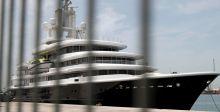 محكمة إماراتية تفرج عن يخت ملياردير روسي