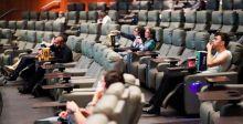 الأفلام العائدة الى صالات العرض الأميركية