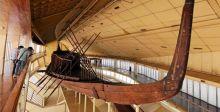 أقدم سفينة  فرعونية الى المتحف