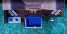 النوم فوق المحيط في جزر المالديف