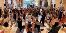 مركز دبي المالي العالمي يجمع عشاق اليوغا