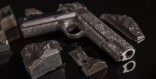 مسدسٌ من شظايا نيزك الأغلى سعرا في العالم