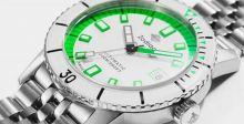 الساعة الخضراء بتقنية قياس الوقت