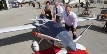 أول طائرة سباق كهربائية في  معرض دبي للطيران